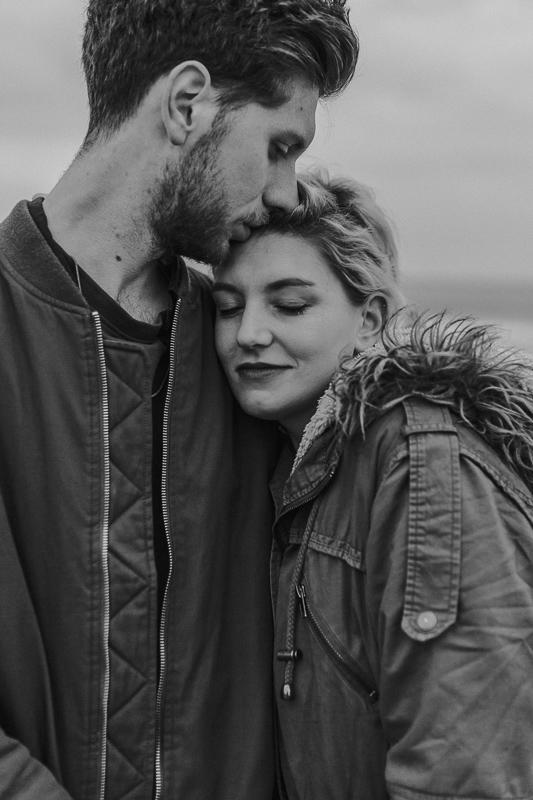 bristol-couple-photographer-wedding-engagement-annie-crossman-photography-ogmore-beach-30