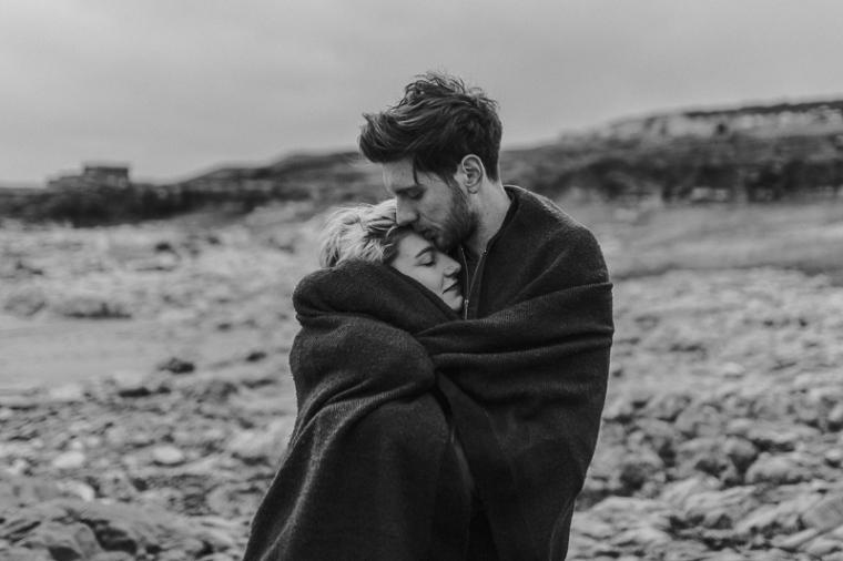 bristol-couple-photographer-wedding-engagement-annie-crossman-photography-ogmore-beach-45