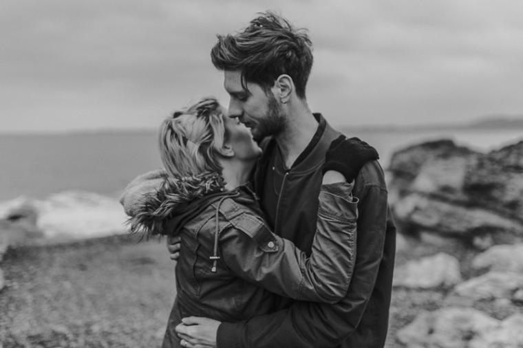 bristol-couple-photographer-wedding-engagement-annie-crossman-photography-ogmore-beach-64
